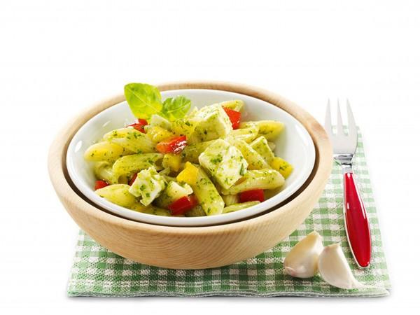 Penne Pesto mit Hirtenkäse